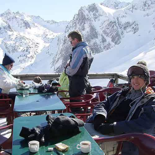 Pyrenees mountain restaurant Etape des Bergers Tourmalet