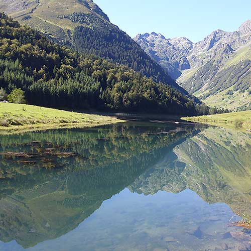 Pyrenees Lac d'Estaing